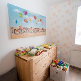 Chambre orange : chambre enfants (lits superposés) - Location de vacances - Agon-Coutainville