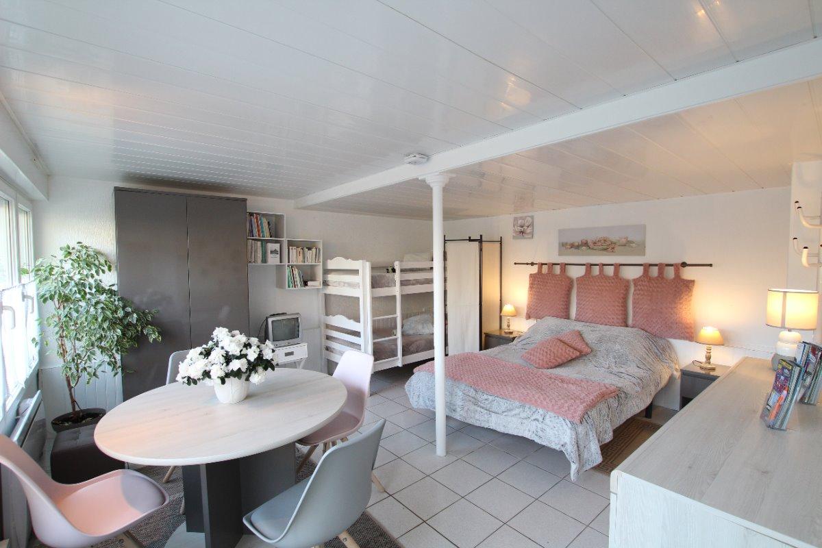 chambre/séjour - Location de vacances - Saint-Jean-le-Thomas