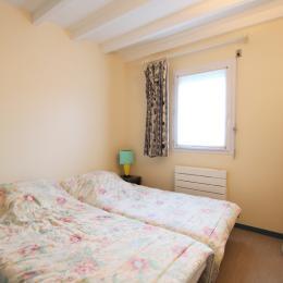 chambre rez-de-chaussée - Location de vacances - Siouville-Hague
