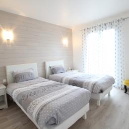 Chambre lits de 90 - Location de vacances - Saint-Lô-d'Ourville