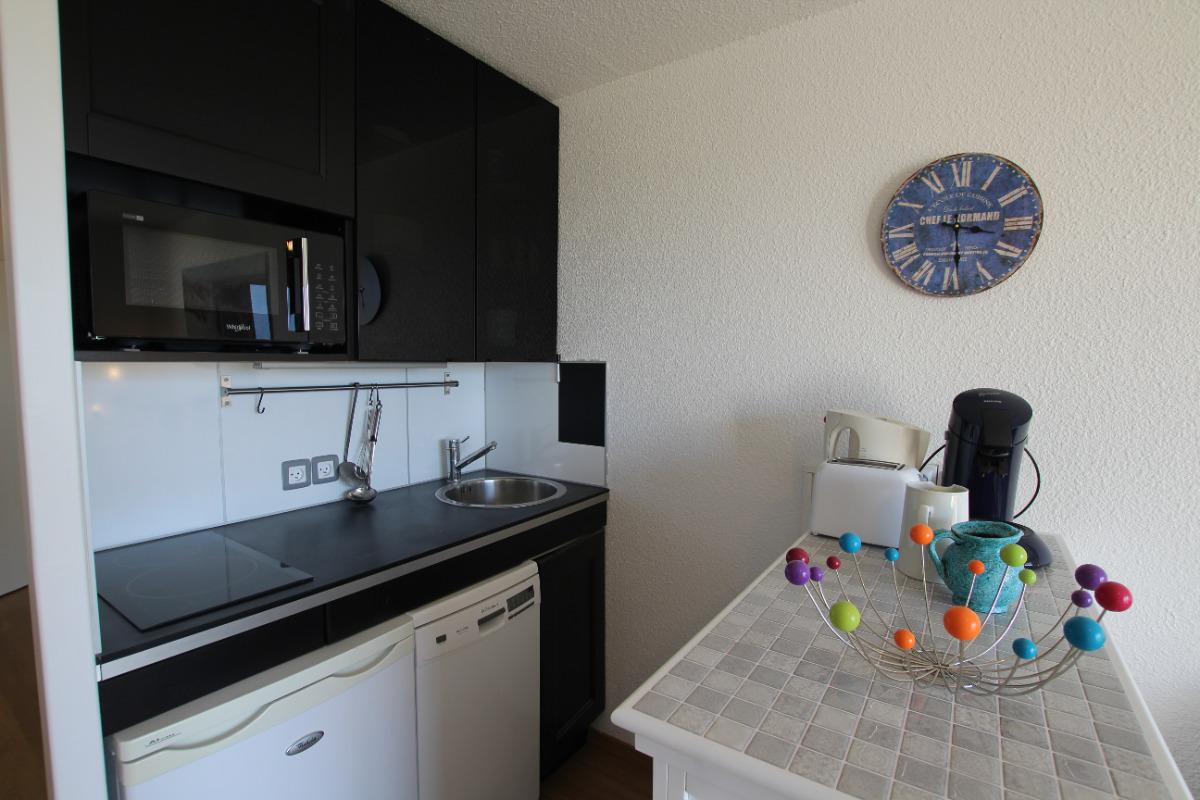 La cuisine - Location de vacances - Donville-les-Bains