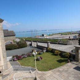 Vue sur le port  - Location de vacances - Saint-Vaast-la-Hougue