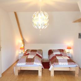 chambre étage - Location de vacances - Urville-Nacqueville