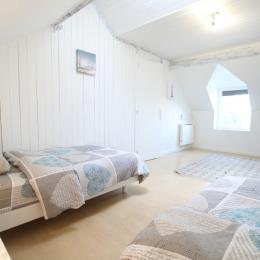 Le Sentier - La chambre 2 lits simples - Location de vacances - Saint-Germain-des-Vaux