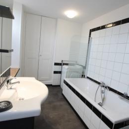 Salle de bains - Location de vacances - Quettehou