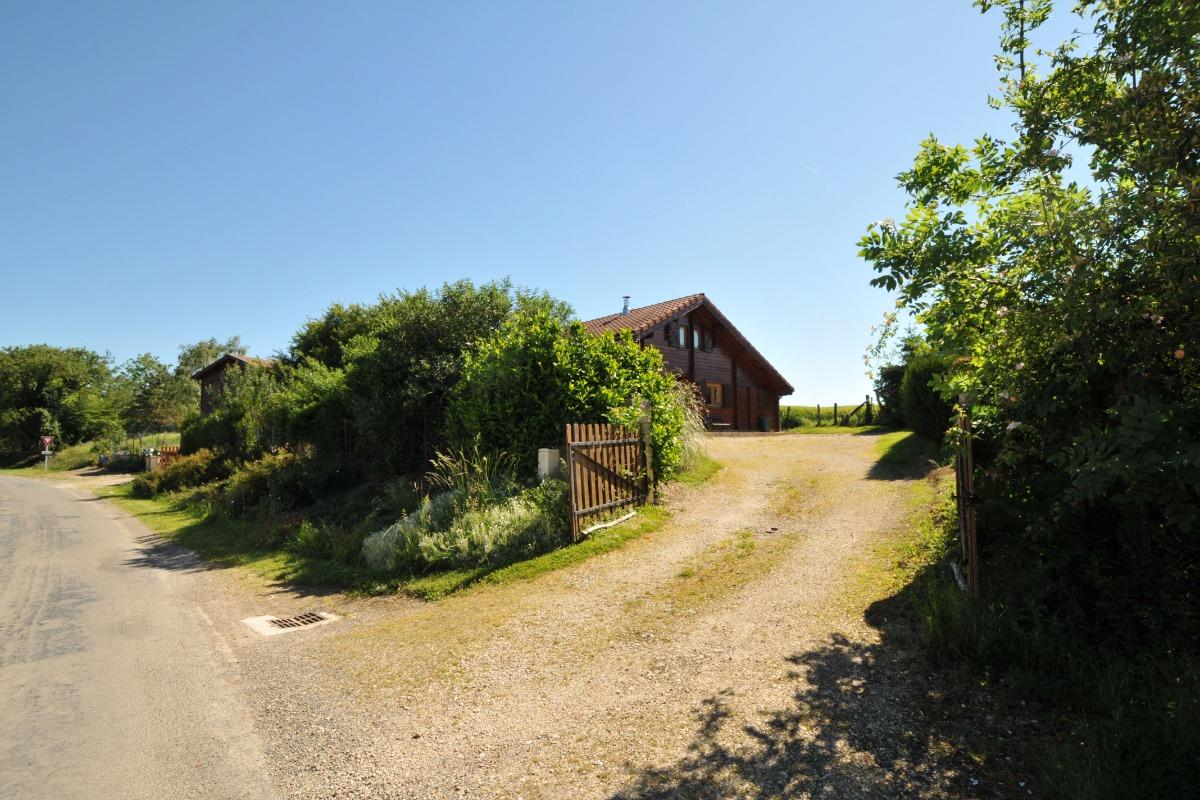 Entrée de la propriété - Location de vacances - Châtillon-sur-Broué