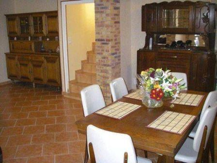 SALLE A MANGER - Location de vacances - Châtillon-sur-Marne