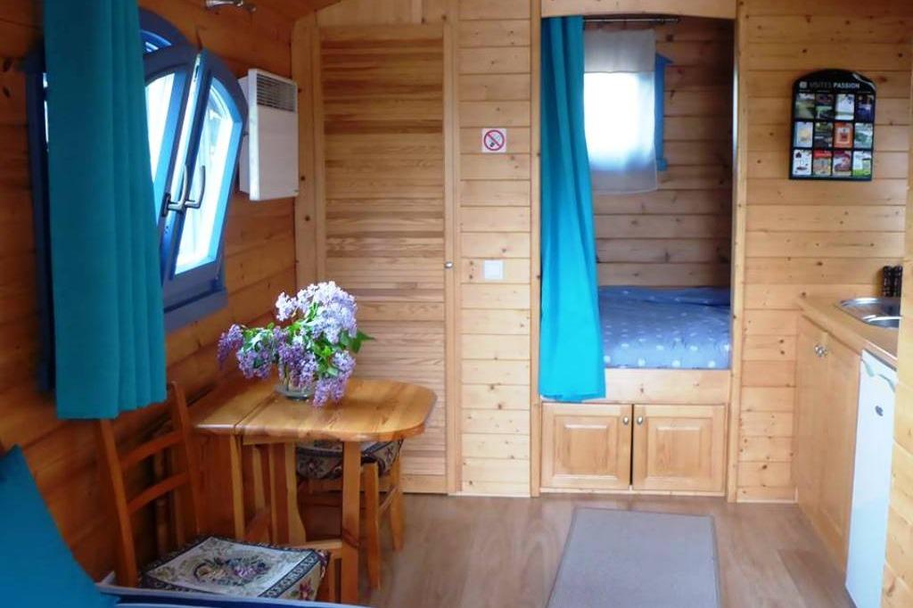 Votre hôtesse vous accueille  - Location de vacances - Villers-Allerand