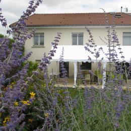 un barnum de mai à octobre à votre disposition - Location de vacances - Soudron