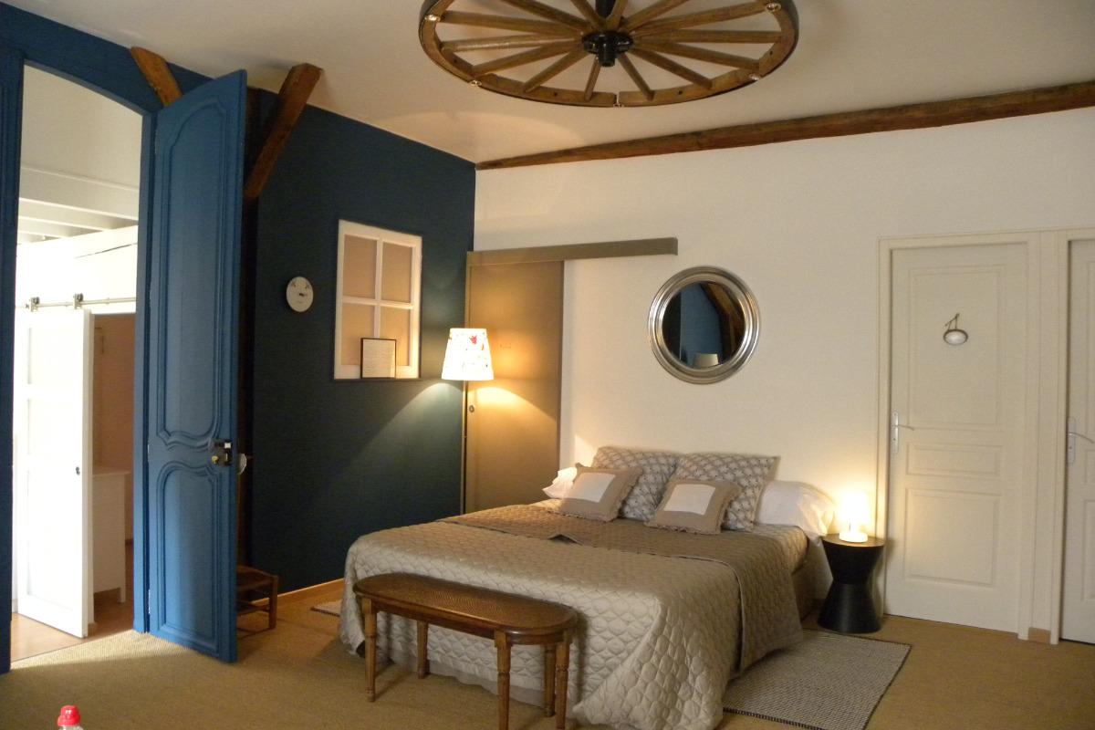 Chambre double aménagée en suite familiale  - Chambre d'hôtes - Compertrix