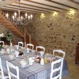 Séjour (Petits déjeuners, Table d'hôtes) - Chambre d'hôtes - Mareuil-le-Port