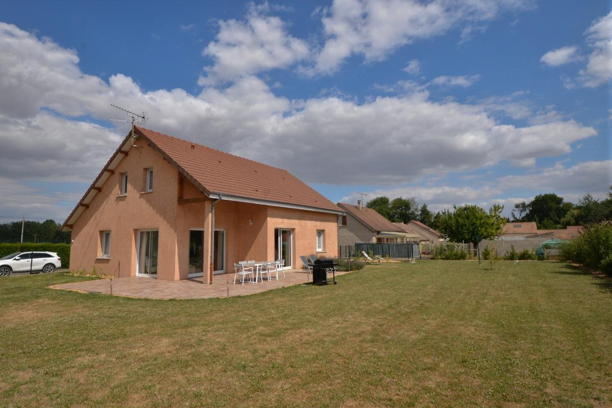 Terrasse et Jardin Location Ma Deuxième Maison - Location de vacances - Écury-sur-Coole