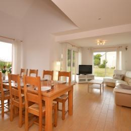 Grande pièce à vivre Location Ma Deuxième Maison - Location de vacances - Écury-sur-Coole
