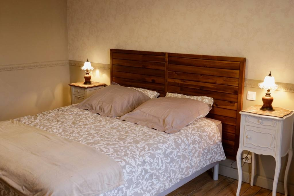 Chambre Sylvie pour 2 personnes - Chambre d'hôtes - Villers-sous-Châtillon