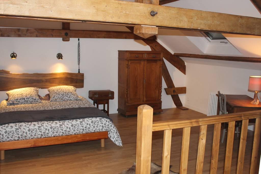 Accès suite famille La Garence - Chambre d'hôtes - Villers-sous-Châtillon