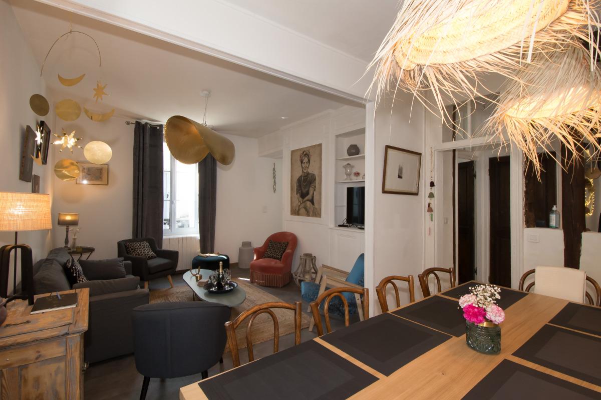 Salon et salle à manger - Location de vacances - Châlons-en-Champagne