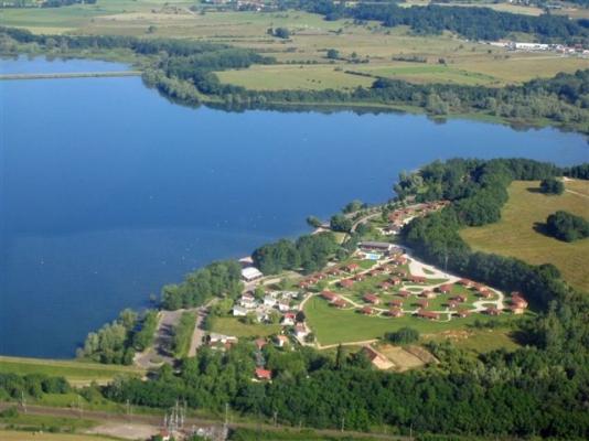 Vue aérienne du village vacances - Location de vacances - Longeau-Percey