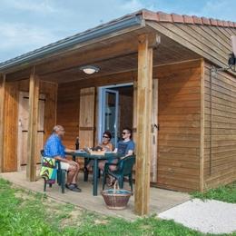 Chalet avec terrasse couverte - Location de vacances - Longeau-Percey