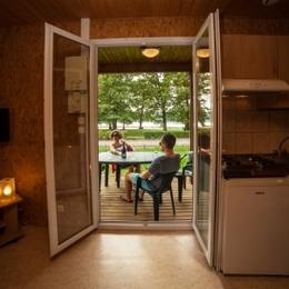 L'espace détente avec spa et sauna - Location de vacances - Longeau-Percey