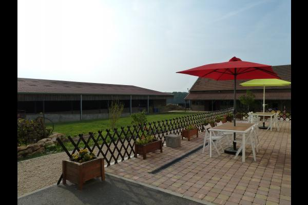 Terrasse aménagée - Location de vacances - Belleau