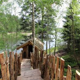 Fuste du Trappeur et son sauna au bord du lac - Les Cabanes du Lac de Pierre Percée - Chambre d'hôtes - Badonviller