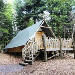 Tente du Trappeur - Les Cabanes du Lac de Pierre Percée - Chambre d'hôtes - Badonviller