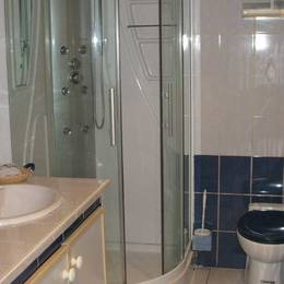 La salle de bains - Location de vacances - Elven