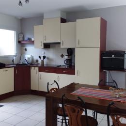 Chambre avec les 2 lits simples (qui peuvent être joints ou non) - Location de vacances - Baden