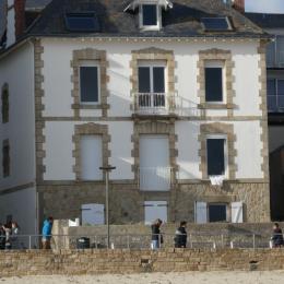 Studio dans Villa Porte fenêtre droite rdc - Location de vacances - Quiberon