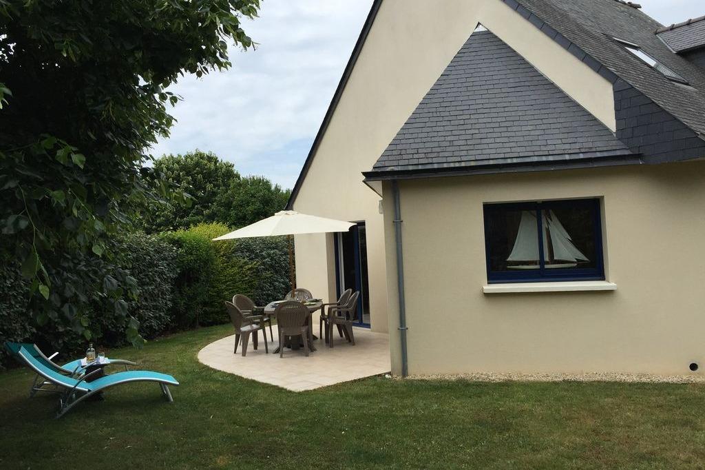 jardin et terrasse - Location de vacances - Arzon