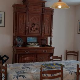 salon ,accès direct au jardin - Location de vacances - Carnac