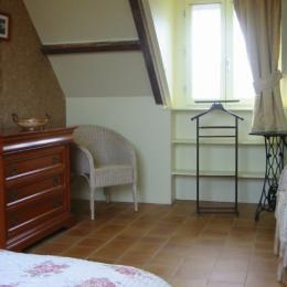 chambre parents côté fenêtre - Location de vacances - Groix