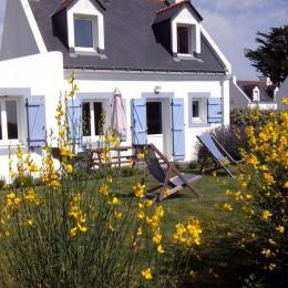 La maison Caradec, terrasse et jardin au Sud/Est. - Location de vacances - Locmaria