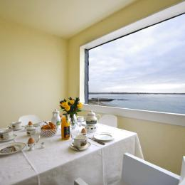 Terrasse vue  sur océan - Location de vacances - Larmor-Plage