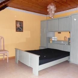 Grande chambre parentale - Location de vacances - Ruffiac