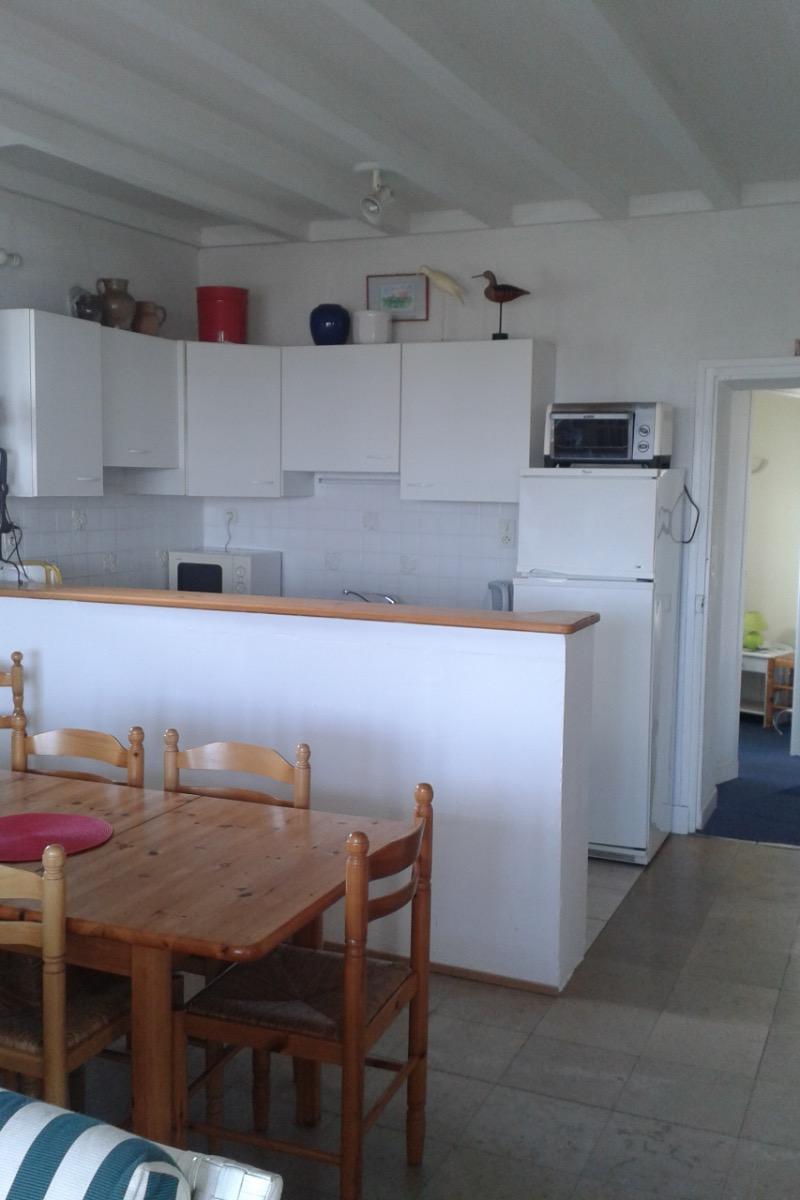 Cuisine ouverte sur le salon-salle à manger  - Location de vacances - Carnac