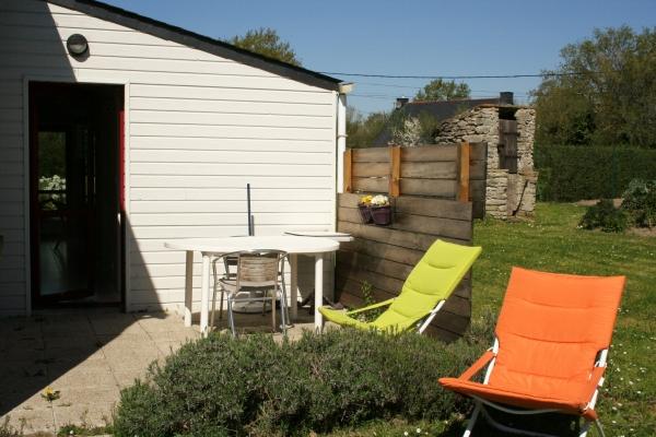 la terrasse - Location de vacances - Férel