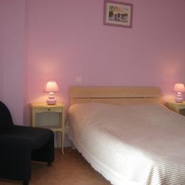 chambre lit 2 places étage - Location de vacances - Erdeven