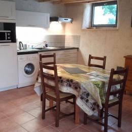 coin cuisine - Location de vacances - Noyalo