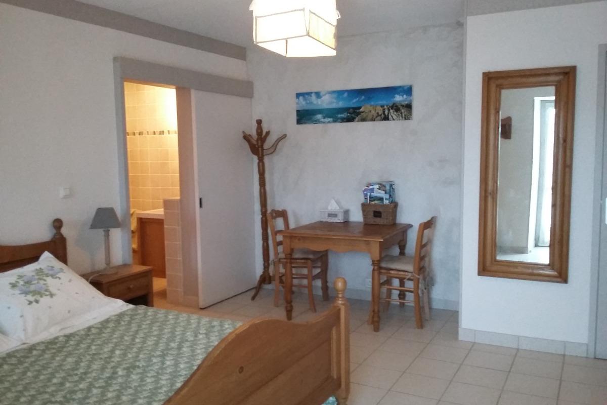 Cette chambre confortable, au calme, vous permettra en toute autonomie de vivre un séjour serein et ressourçant... - Chambre d'hôtes - Vannes