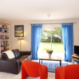 Le salon - Location de vacances - Plouhinec