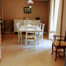 La salle à manger - Location de vacances - Plumelec