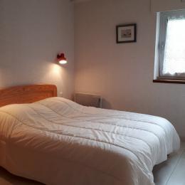 Chambre lit double - Location de vacances - Carnac