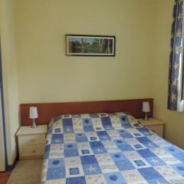 chambre - Location de vacances - Ploemel