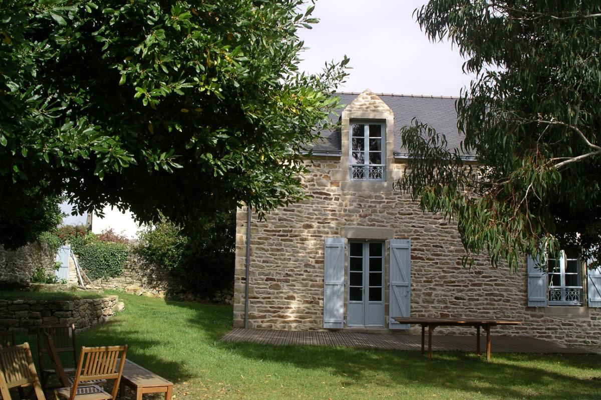 profiter du jardin ombragé d'une belle maison - Location de vacances - Île-aux-Moines