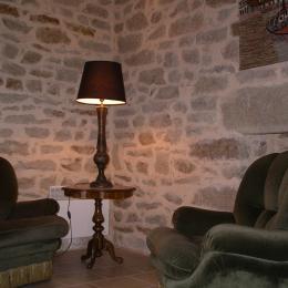 le coin-lecture du salon - Location de vacances - Île-aux-Moines