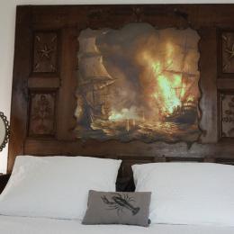 JEANNE de BELLEVILLE, chambre de 2 personnes, accessible PMR, piscine chauffée, jardin clos, en Bretagne sud, - Chambre d'hôtes - Merlevenez