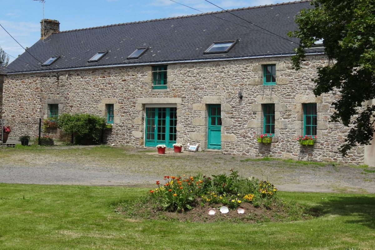 facade longère - Location de vacances - Marzan