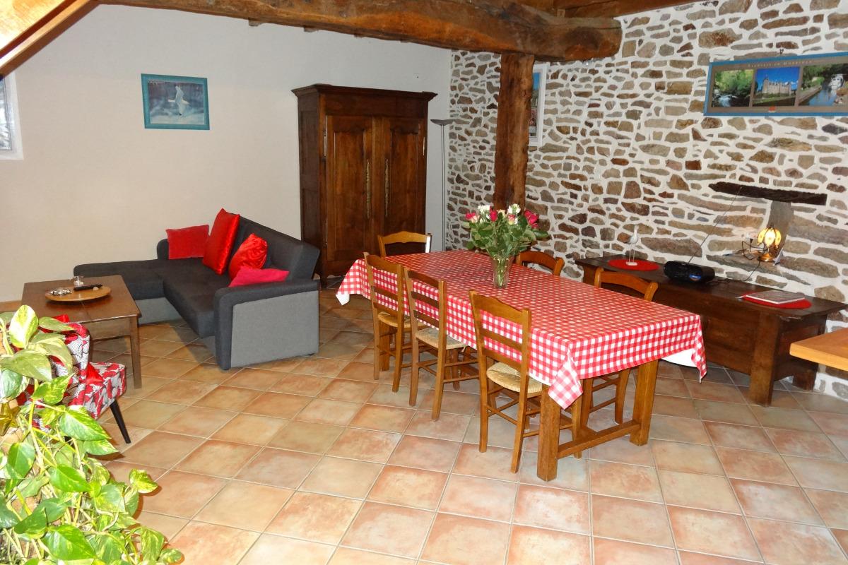 salle à manger - Location de vacances - Marzan