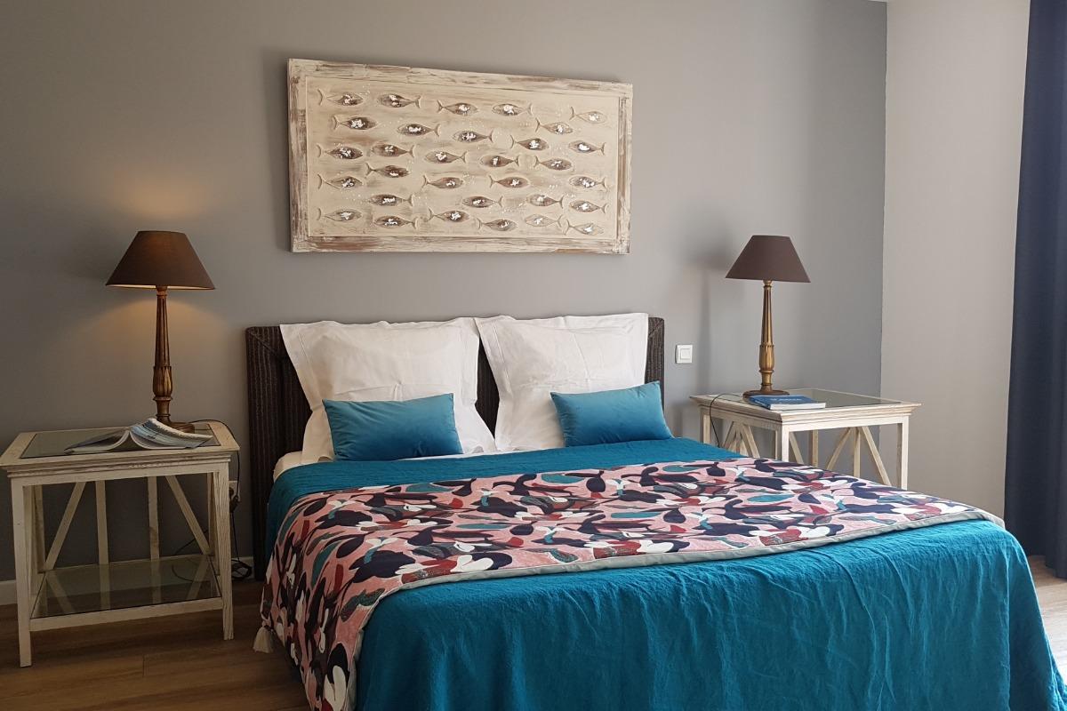 Bois de Santal chambre double avec terrasse - Chambre d'hôtes - Locoal-Mendon